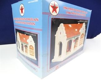 Limited Edition Porcelain Texaco Filling Station