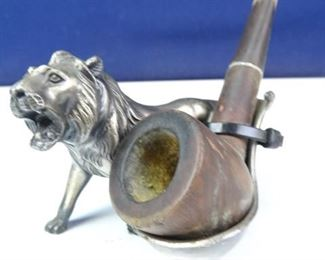 Vintage Pipe w Metal Lion Stand