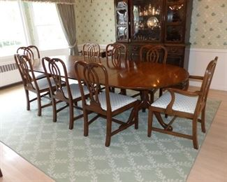 Mahogany double pedestal dining table with 8 chairs