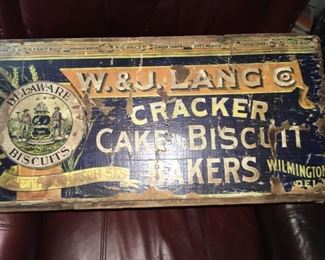 Delaware biscuit box
