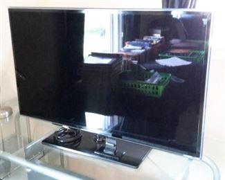 "Samsung 40"" swivel base tv"