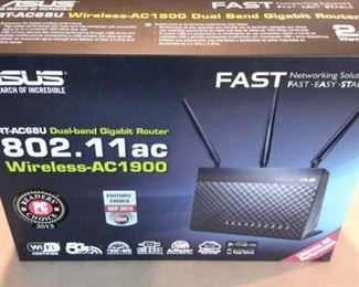 Asus Dual Band Gigabit Router AC-1900, in box.