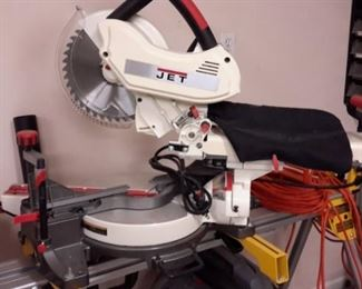 Jet table saw, like new!