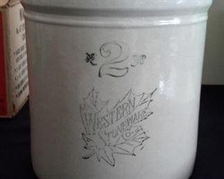 Vintage Western Stoneware 2 gallon crock.