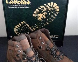 Cabela's boots, new in box. Size 9.