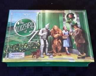 The Wizard of Oz collectible movie pack.