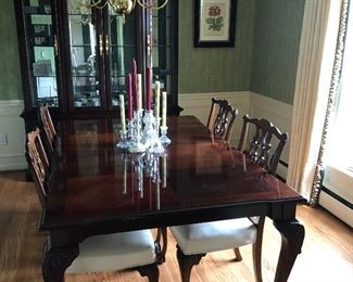 Dining Table - Mahogany with 6 chairs and china hutch