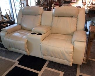STRESSLESS LEATHER RECLINING SOFA