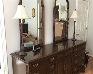 Ethan Allen Cherry chest of drawers with double mirror:
