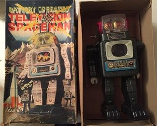 ALPS Television Spaceman Robot in Box(1960's/Battery Operated)
