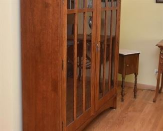 Mission Oak Display Cabinet with Glass Doors & Shelves