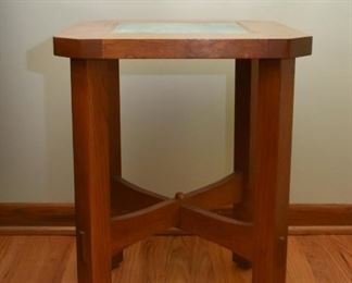 Mission Oak End Table with Tile Inset (Smaller of 2)