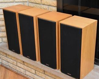 Set of 4 Klipsch Speakers