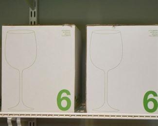 Crate & Barrel Glassware / Stemware