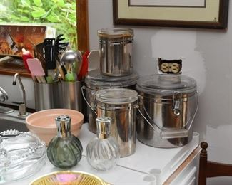 Kitchen Canisters & Utensils