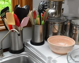 Kitchen Canisters & Utensils, Mixing Bowl