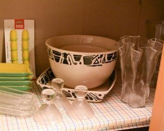 Glassware, Mixing Bowls, Baking Dishes, Corn-on-th-Cob