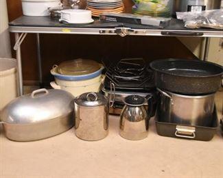 Pots & Pans, Roasters, Crock Pot, Etc.