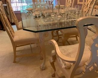 Thomasville glass table and 6 chairs in perfect condition