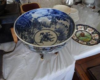 Antique Quing Dynasty Porcelain Bowl (1850-1899)?