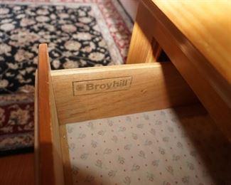 Broyhill bedroom set