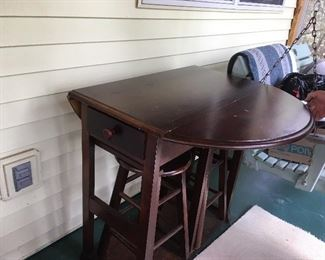 Bistro table with stools