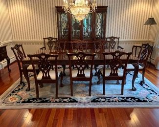 Chippendale Style Stoneleigh Mahogany Dining Set