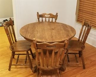 Round wood table + 4 chairs