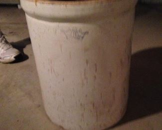 8 gallon crock