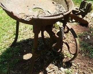 Late 1800's to early 1900's cast iron farm forge.  Probably used for tool work /repair or blacksmithing