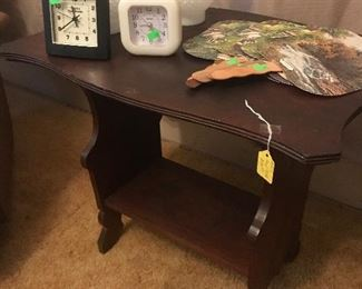 Lamp/side table