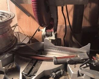 Tables saw