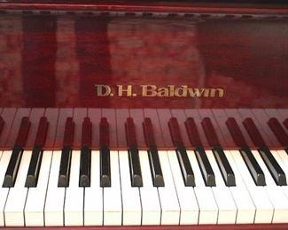 Beautiful Contemporary Baldwin Baby Grand Piano