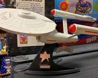 Star Trek 25th Anniversary model
