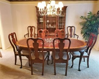 25 Off Leawood Fun Funky And High End Estate Sale Starts