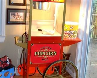 working popcorn maker