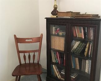 Antique Bookcase 47.5 tall x ? w will ad