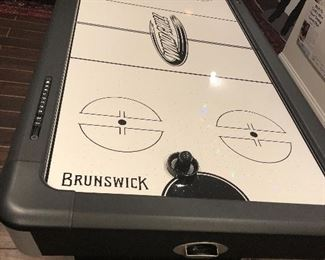 7' BRUNSWICK Wind Chill Air Hockey game table, 6 months old