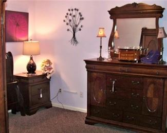 Bedroom with mahogany furniture