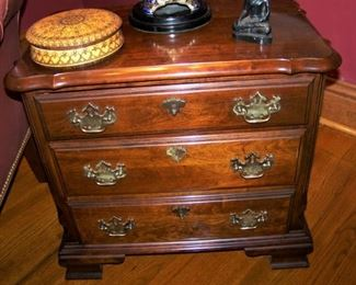Small mahogany chest