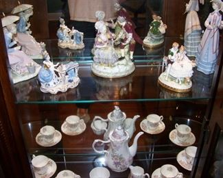 Meissen figure (center)