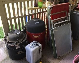 Small heater, smokers, chairs