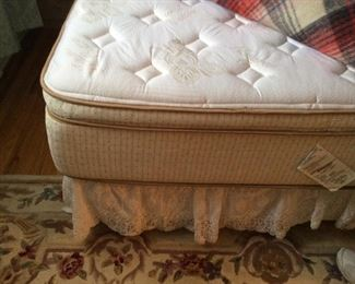 LIKE NEW QUEEN MATTRESS AND BOX SPRINGS