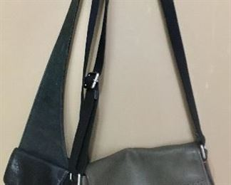 2 leather Fossil Bags