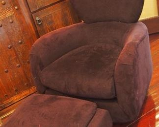 V. Kagan Chair & Ottoman in GREAT condition!