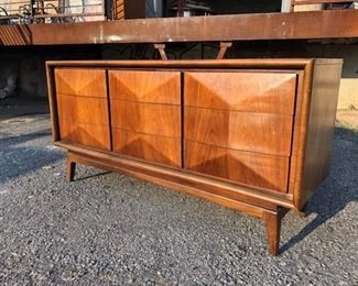 diamond front dresser by United