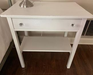 132. 1 Drawer Rustic End Table (29'' x 19'' x 30'')