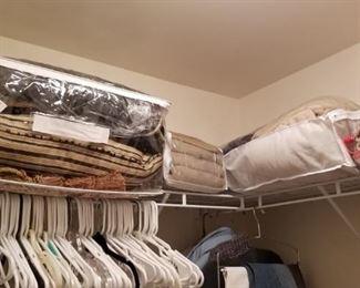 Linens...queen size comforter sets