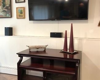 Entertainment cabinet & TV