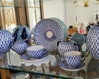 LOMONOSOV Cobalt Net Teapot & Lid, Coffee Pot & Lid, Cream & Sugar with Lid, Sets of Cup & Saucer & Cake Plate